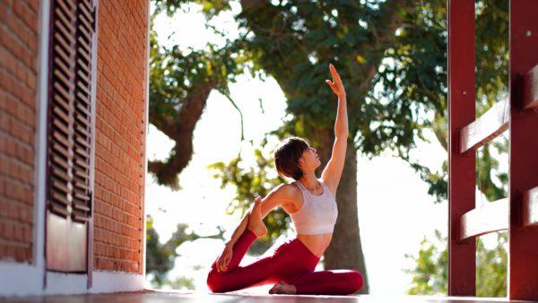 yukina_yoga1